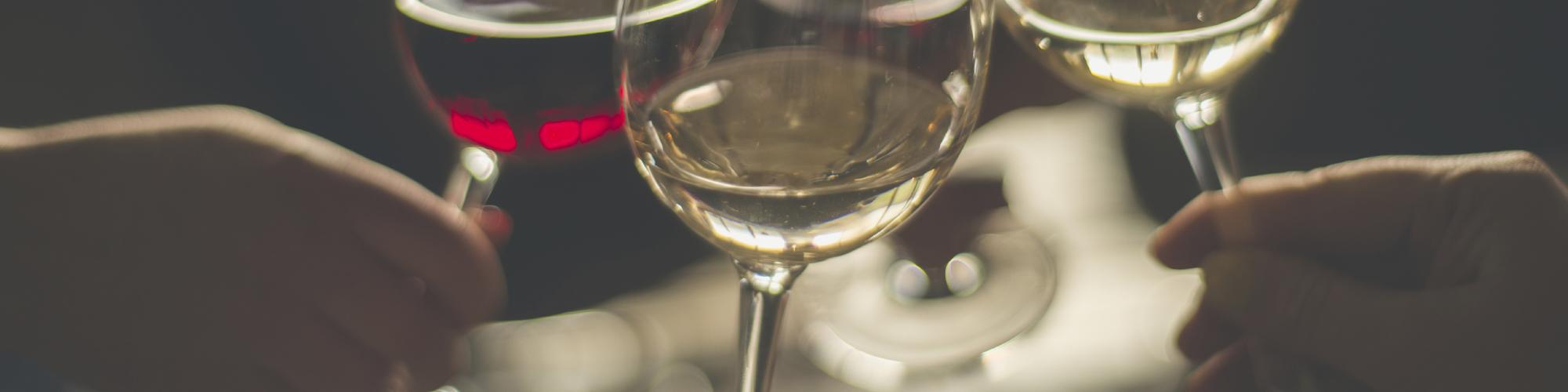 Apéro, verres de vin