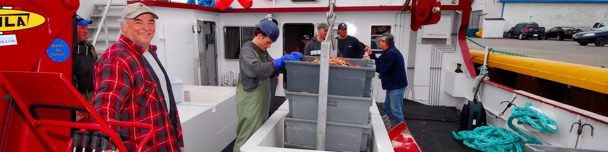 Bateau de pêche, pêcheurs